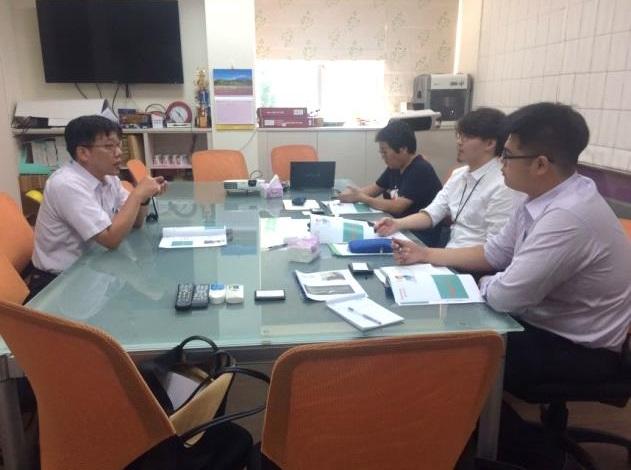 日本商社與大學教授及授課講師規劃課程架構